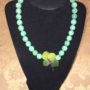 GORGEOUS green stone necklace✨🌟🌻✨🍃✨🤩